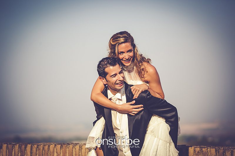 fotografos-bodas-madrid-postboda-Funes-Navarra-Onsurbe-Estudio-Fotografia06
