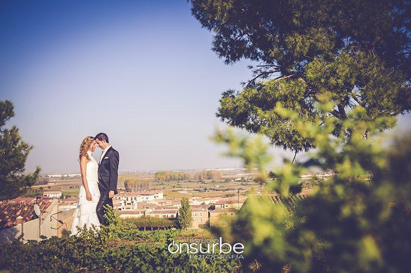 fotografos-bodas-madrid-postboda-Funes-Navarra-Onsurbe-Estudio-Fotografia10